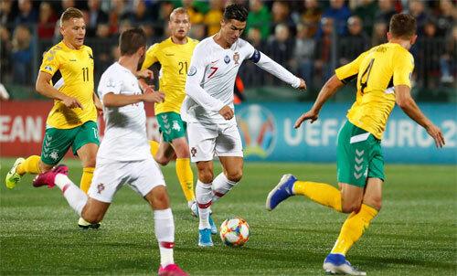Ronaldo thực sự là Vua bóng đá Bồ Đào Nha.