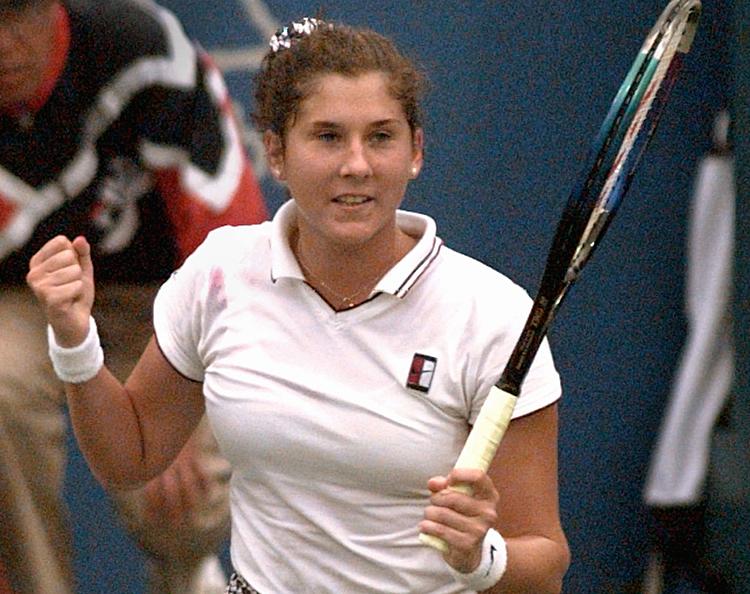 Seles đoạt chín Grand Slam và ba WTA Finals trong sự nghiệp. Ảnh: AP.