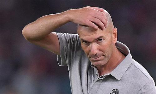Zidane không còn phép màu. Ảnh: Reuters