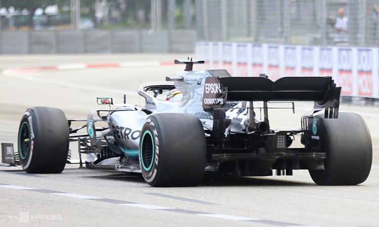 Mercedes nhanh nhấtở đường đua Marina Bay hôm 20/9. Ảnh: Xuân Bình.