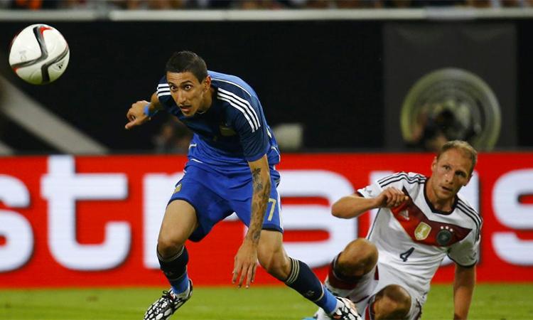 Di Maria toả sáng giúp Argentina thắng Đức 4-2 ở trận giao hữu tại Duesseldorf ba tháng sau chung kết World Cup 2014, nhưng điều không làm anh nguôi niềm đau thua trận tại Brazil. Ảnh: Reuters.