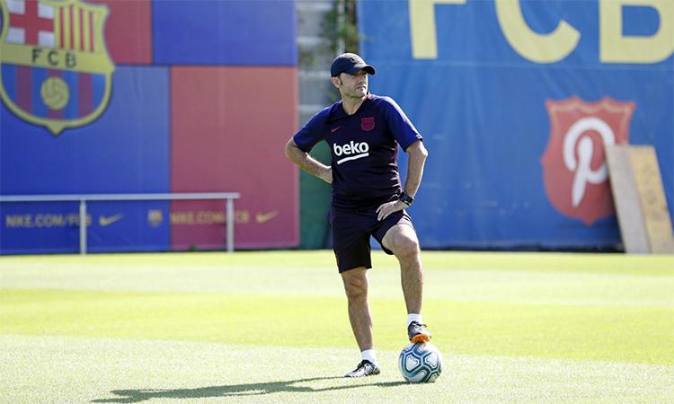 Valverde sốt ruột khi Barca chưa thắng trận sân khách nào mùa này. Ảnh: FCB.