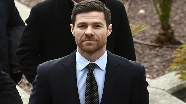 Alonso hiện dẫn dắt đội B của Real Sociedad. Ảnh:
