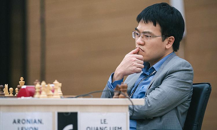 Quang Liêm suýt làm nên kỳ tích trước Aronian. Ảnh: FWC.