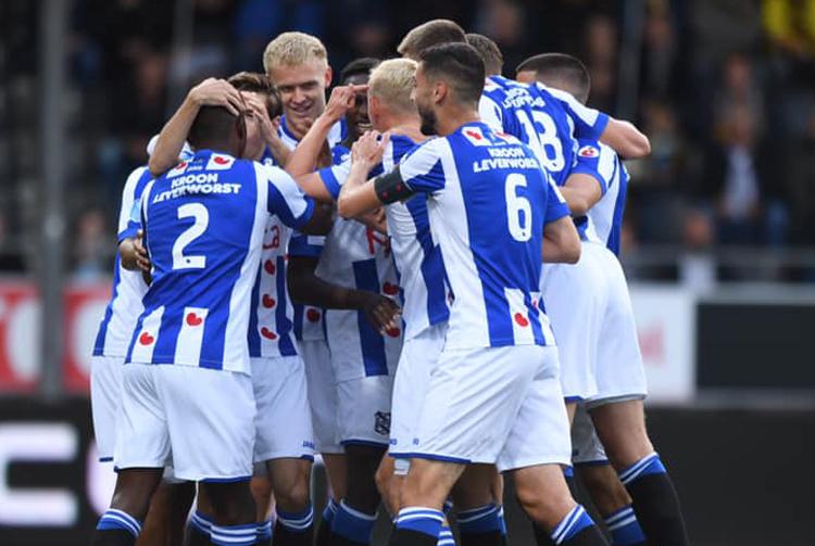 Heerenveen đánh bại VVV Venlo, chấm dứt chuỗi 5 trận không thắng.
