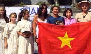 Người Việt Nam đầu tiên hoàn thành giải siêu marathon