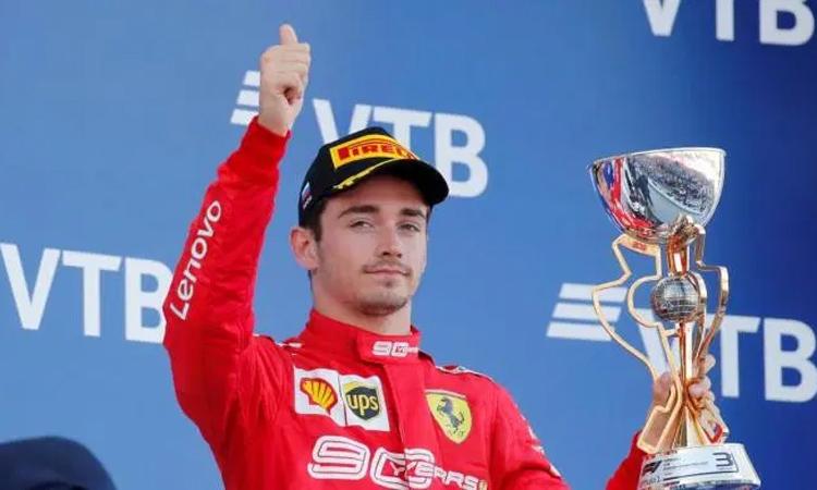 Leclerc không hài lòng với vị trí thứ ba tại GP Nga. Ảnh: Reuters.