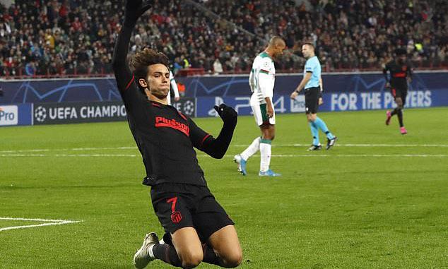 Joao Felix mừng bàn mở tỷ số cho Juventus. Ảnh: AP.