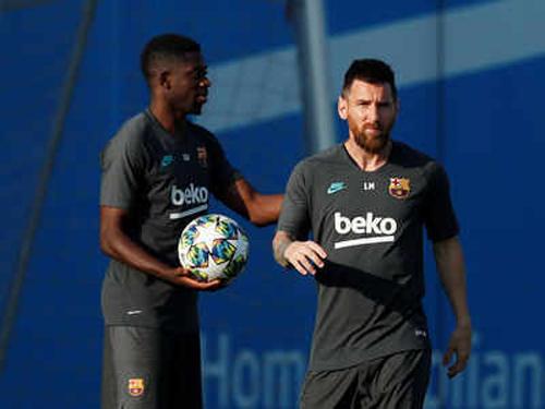 Dembele và Messi chưa chắc khả năng vào sân.
