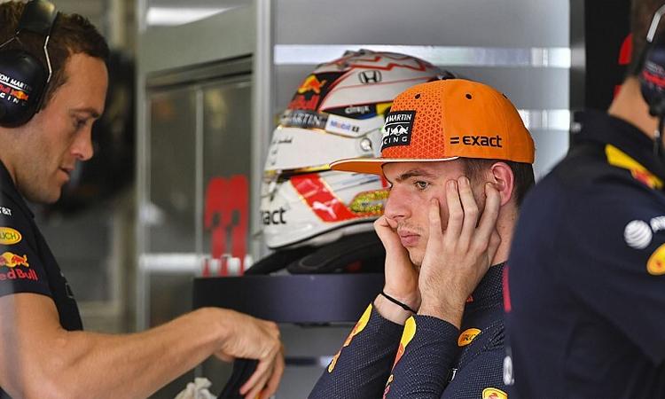 Verstappen cho rằng 22 chặng đua là quá nhiều cho một mùa giải. Ảnh: Motosport.