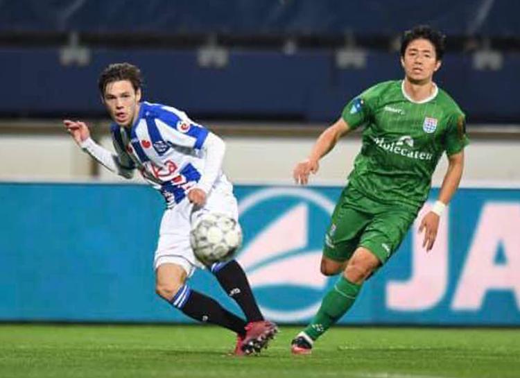 Pha dứt củaVan Bergenmang về ba điểm cho Heerenveen.