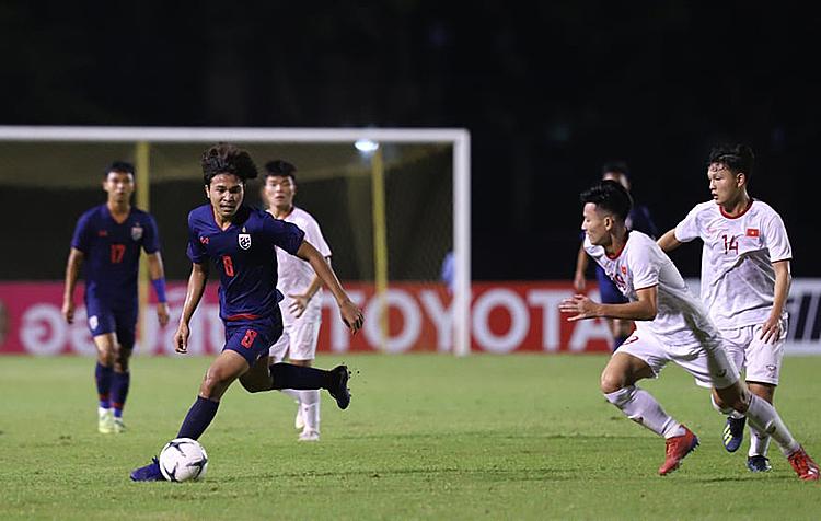HLVPhilippe Troussier đã có màn ra mắt hoàn hảo khi giúp U19 Việt Nam thắng lợi. Ảnh: FAT.
