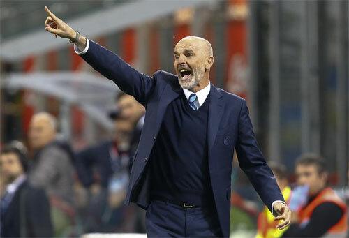 Tân HLV của AC Milan. Ảnh: Reuters