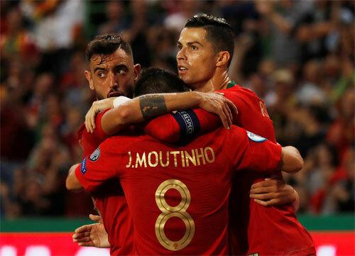 Bồ Đào Nha quá mạnh so với Luxembourg. Ảnh: Reuters