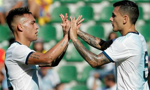 Lautaro Martinez,Leandro Paredes và Marcos Acuna mang lại bầukhông khí mới cho Argentina. Ảnh: EFE
