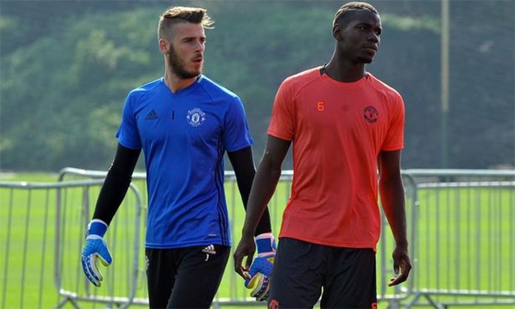 Pogba và De Gea không thể kịp bình phục để cùng Man Utd tiếp Liverpool.