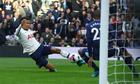 Tottenham thoát thua trên sân nhà nhờ VAR
