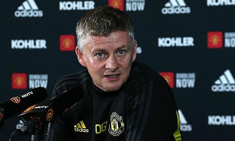 Solskjaer cho rằng Man Utd sẽ không phải đợi 30 để vô địch nước Anh thêm lần nữa như Liverpool. Ảnh: Reuters.