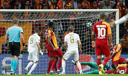 Bàn thua duy nhất khiến Galatasaray trắng tay trên sân nhà.