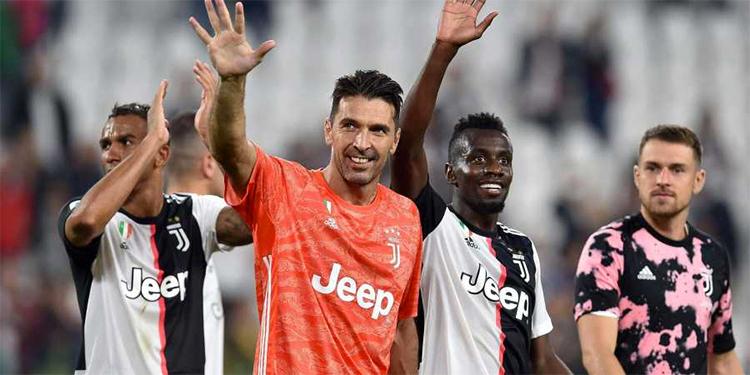 Buffon, ở tuổi 41, đang tận hưởng cuộc sống và bóng đá khi trở lại Juventus và chấp nhận làm kép phụ trong khung thành.