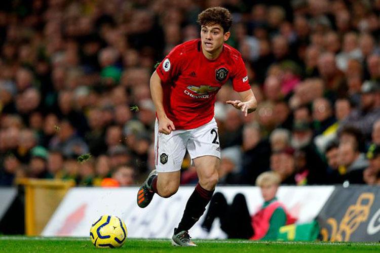 Dù không ghi bàn, Daniel James vẫn giữ vai trò quan trọng trong khâu chuyển trạng thái của Man Utd. Ảnh: AFP.