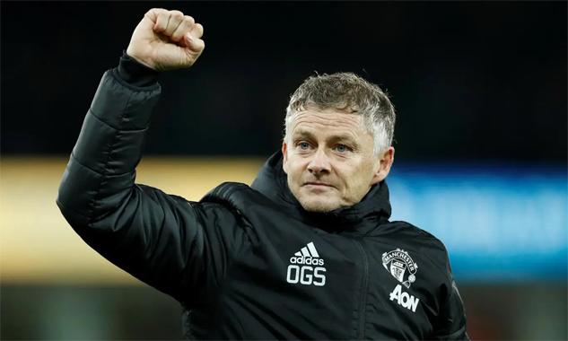 Solskjaer không hài lòng với trọng tài và VAR vì hai tình huống thủ môn Norwich bắt phạt đền. Ảnh: Reuters.