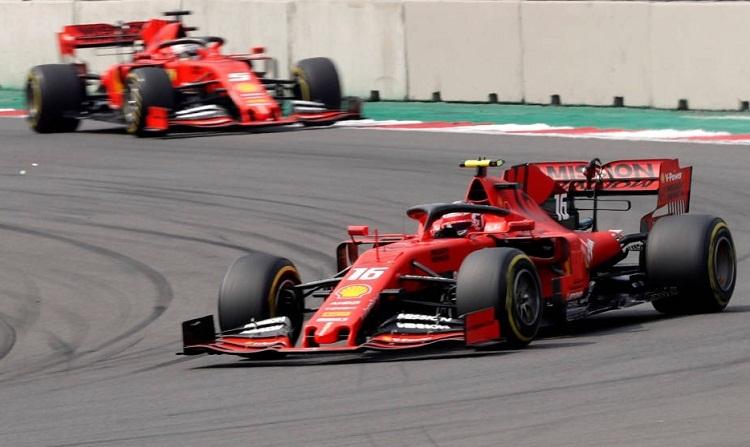 Sai lầm chiến thuật khiến Ferrari hai lần đánh mất vị trí dẫn đầu. Ảnh: Reuters.