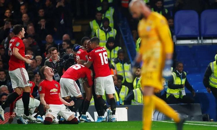Man Utd lần thứ hai vượt qua Chelsea ở mùa này. Ảnh: Reuters.