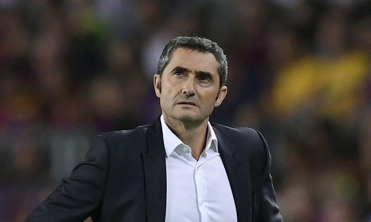 Valverde từng nhiều lần bị đồn sẽ mất chức HLV Barca. Ảnh: Reuters.