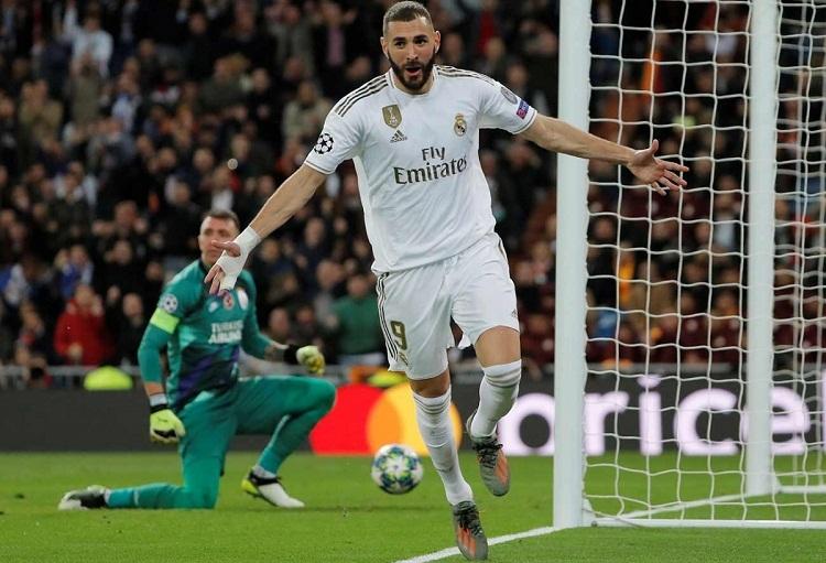 Benzema chạm mốc 50 bàn cho Real tại Champions League. Ảnh: Reuters.