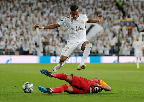 Rodrygo thi đấu quá hay so với tuổi 18. Ảnh: Reuters
