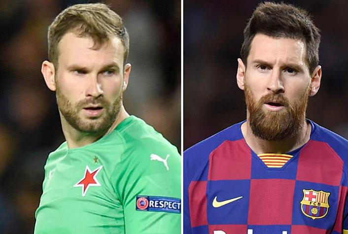 Kolar (trái) thất vọng khi không được Messi đoái hoài. Ảnh: Sun.