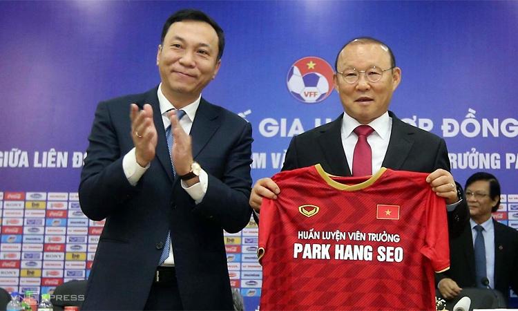 Ông Trần Quốc Tuấn cho rằng HLV Park đã làm việc với nỗ lực và tinh thần trách nhiệm cao nhất trong hai năm làm việc đã qua cùng bóng đá Việt Nam. Ảnh: Lâm Thỏa.