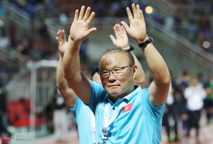 HLV Park Hang-seo trở thành triệu phú USD nhờ thành công cùng bóng đá Việt Nam. Ảnh: Đức Đồng