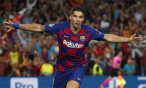 Luis Suarez đang sở hữu gần 200 bàn trong màu áo Barca. Ảnh: Reuters