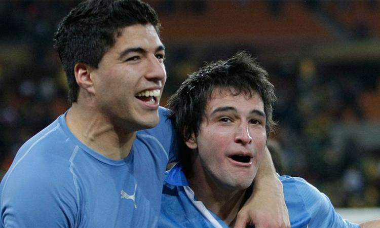 Lodeiro là đồng đội từng sát cánh với Suarez ở tuyển Uruguay qua nhiều giải đấu lớn từ World Cup 2010. Ảnh: Action Images.