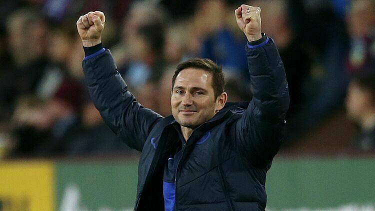 Lampard giúp Chelsea thắng bảy, hòa hai, thua hai sau 11 vòng Ngoại hạng Anh. Ảnh: Sky Sports.