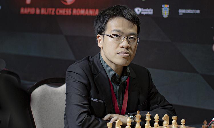 Quang Liêm chứng tỏ năng lực của nhàvô địch cờ chớp thế giới 2013. Ảnh: GCT.