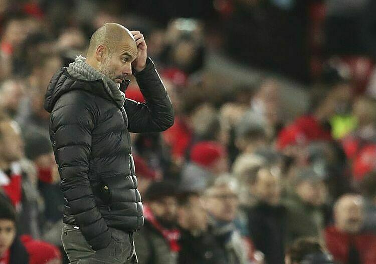Pep Guardiola dần mất kiên nhẫn với VAR tại Ngoại hạng Anh. Ảnh: AP.