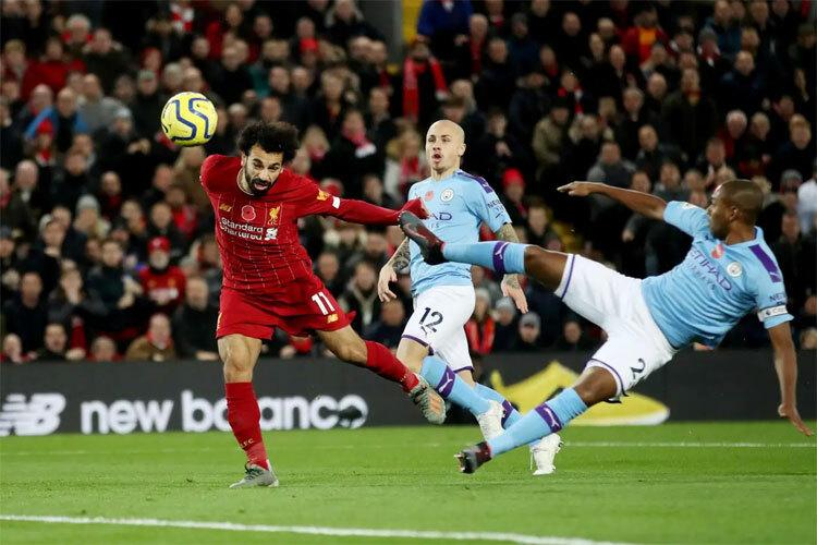 Salah và đồng đội đang có khởi đầu mạnh mẽ trên con đường tiến tới chức vô địch. Ảnh: Reuters