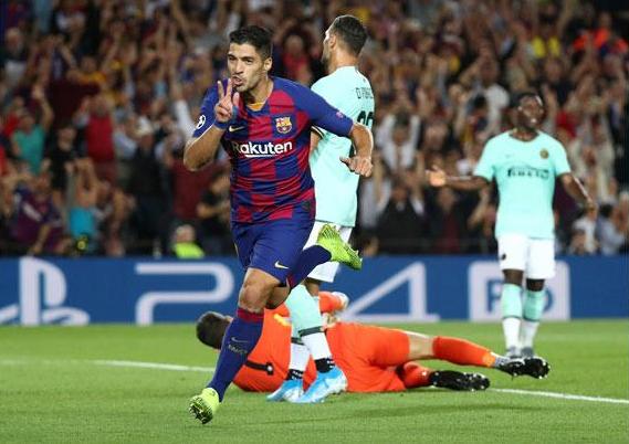Suarez vẫn đang chơi với phong độ cao. Ảnh: Reuters