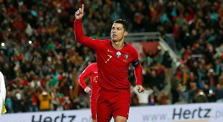 Ronaldo cho thấy anh đã hoàn toàn bình phục chấn thương đầu gối. Ảnh: AP.