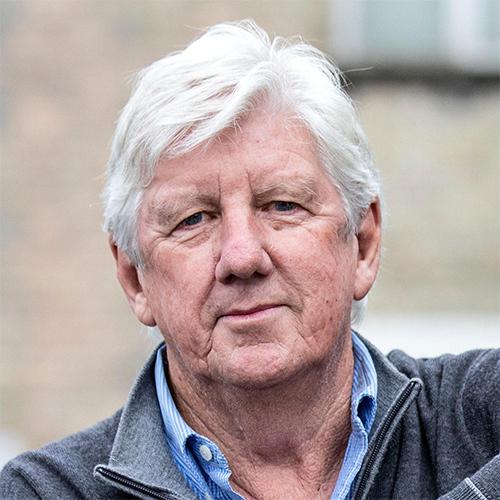 Cựu luật sư Cawood khởi kiện để đòi lại quyền lợi mà ông cho là chính đáng ở Sunningdale. Ảnh: The Times.