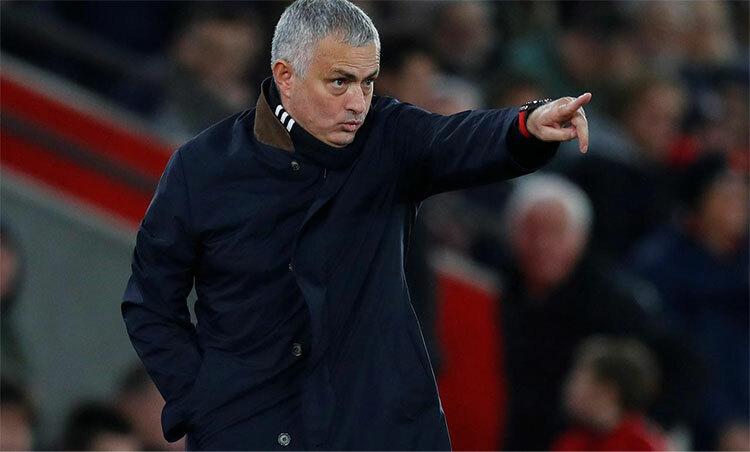 Mourinho chịu tiếng xấu từ khi còn dẫn dắt Real, Chelsea và Man Utd. Ảnh: Reuters