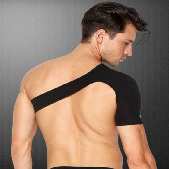 Đai Aolikes HJ-1693 là băng dán giúp bảo vệ và cố định khớp xương, tránh tổn thương có thể xảy ra khi tập luyện và thi đấu. Có thể dùng cố định khớp vai sau chấn thương. Chất liệu mút thun co giãn 4 chiều, có thể điều chỉnh ở cánh tay và vòng ngực, băng chặt hay lỏng theo nhu cầu. Sản phẩm đang giảm 15%, còn 119.000 đồng (giá gốc 140.000 đồng).