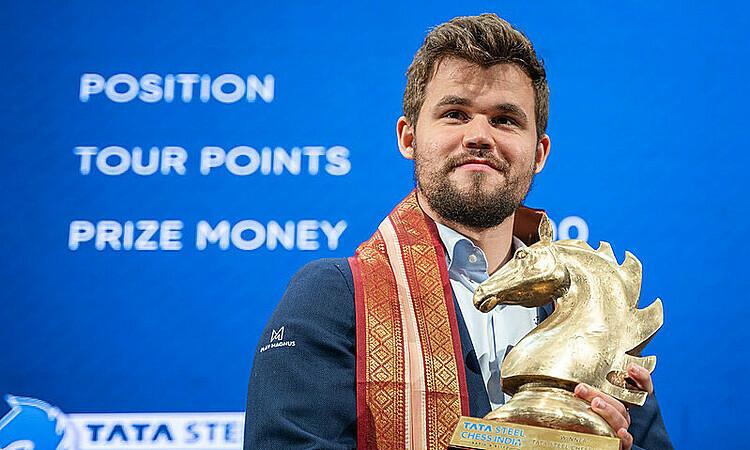 Carlsen ở đẳng cấp khác so với làng cờ. Ảnh: GCT.