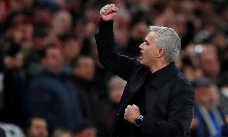 Mourinho khiến đối thủ e ngại dù mới dẫn dắt Tottenham hai trận. Ảnh: Reuters