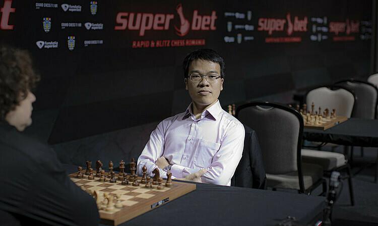 Quang Liêm thi đấu tại Grand Chess Tour Romania đầu tháng 11/2019. Ảnh: Lennart Ootes.