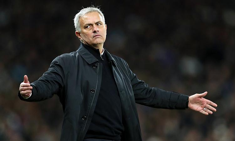Mourinho tỏ rõ thất vọng khi Tottenham thua bàn thứ hai ở phút bù giờ. Ảnh: Tottenham FC.