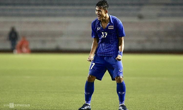 Với cú đúp vào lưới Lào, Suphanat có bốn bàn ở SEA Games 30. Ảnh: Lâm Thỏa.